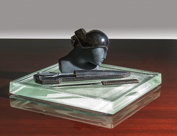 Federschale oder Taschenausleerer von Jean Luce
