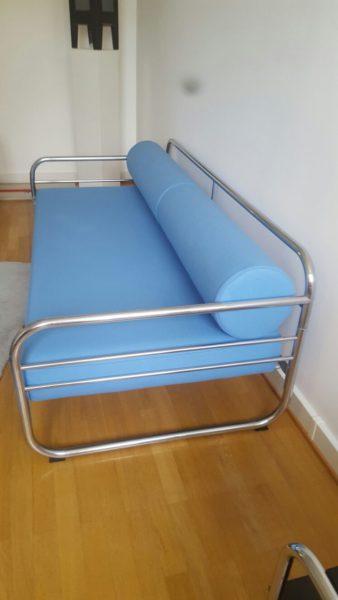 Stahlrohr-Sofa Modell der Avantgarde