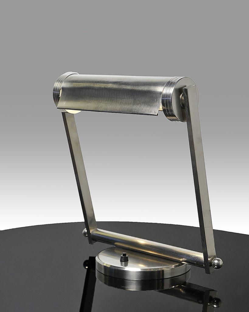 Art Deco Schreibtischlampe Modell der Avantgarde